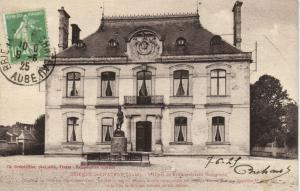 CPA Brienne le Chateau l'Hotel de Ville Aube (101008)