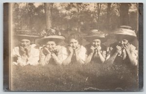 Real Photo Postcard~Five Lovely Young Ladies~Chin in Hands~Big Hats~c1912 RPPC