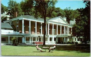 Bedford, Pennsylvania Postcard BEDFORD SPRINGS HOTEL Front View 1950s Cars