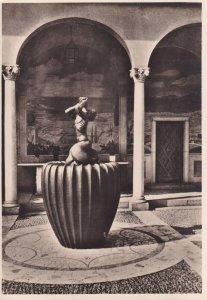 RP; LIDINGO, Sweden, 1930-1940s; Lilla Tritonen Framfor Loggian A Stora Garden