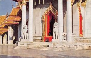 BR100834 marble temple at bongkok thailand