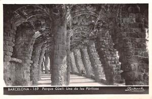 Spain Old Vintage Antique Post Card Parque Guel Barcelona Unused