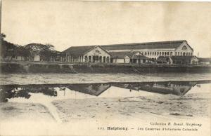 CPA Vietnam Indochine HAIPHONG - Les Casernes d'Infanterie Coloniale (60252)
