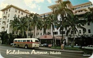1950s Bus Kalakua Avenue Waikiki Hawaii Hotel Colorpicture postcard 7256
