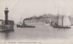 Le Havre Entree de Jetees Ship Steamer Old Antique France French Postcard