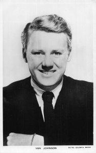 Van Johnson Picturegoer Actor Movie star Cinema postcard
