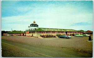 West Glendive, Montana Postcard DERRICK MOTEL Street View Roadside c1950s Chrome