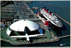 California Long Beach Queen Mary and Spruce Goose