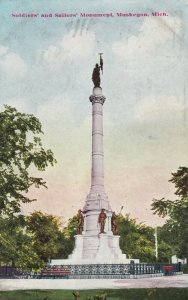 MUSKEGON , Michigan, 1910 ; Soldiers & Sailors Monument