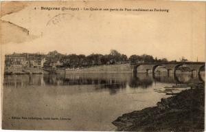 CPA BERGERAC-Les Quais et une partie du Pont conduisant au Faubourg (232737)