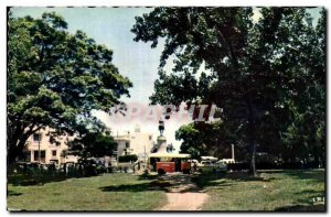 Africa - Africa - Madagascar - Antananarivo - Statue - Old Postcard