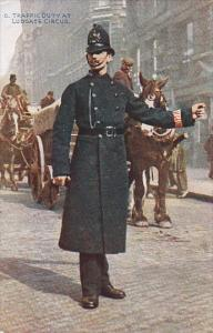 Policeman Bobby , Traffic Duty at Ludgate circus , London , England , 00-10s
