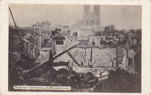 RP: RHEIMS , France , WWI : Cathedral in background