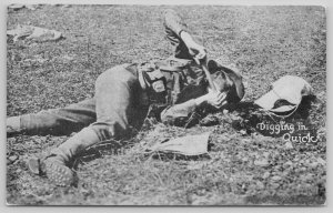 WWI France~Military~Digging it Quick~Kavanaugh War Postal~1917 PC
