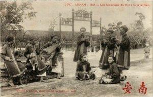 CPA AK INDOCHINA Annam Les Musiciens du Roi VIETNAM (959093)