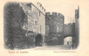 BR59800 tower of london bloody and wakefields towers uk