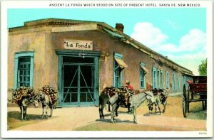 Santa Fe, New Mexico Postcard Ancient La Fonda Hotel Street View c1930s Unused