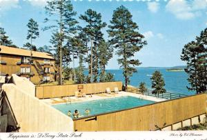 BISMARCK ARKANSAS DeGRAY STATE PARK HAPPINESS POOL AT LODGE POSTCARD 1970s