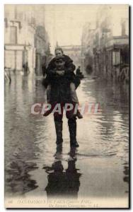 Paris Old Postcard floods in January 1910 A brave man