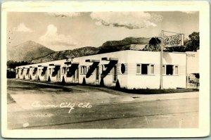 1940s CANON CITY Colorado RPPC Real Photo Postcard PARKVIEW COURT Motel Roadside