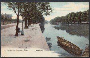 Bedfordshire Postcard - The Promenade & Suspension Bridge, Bedford    T2156