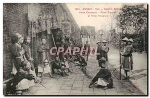 Annam Hue Old Postcard Royal Escort Door Door Censer fan and umbrella stand I...