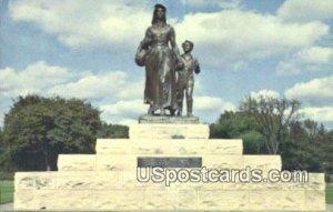 Pioneer Women Statue - Ponca City, Oklahoma
