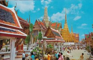 Thailand Inside The Grounds Of Wat Phra Keo The Emerald Buddha Temple