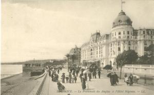 Nice, La Promenade des Anglais et l'Hotel Negresco Postcard