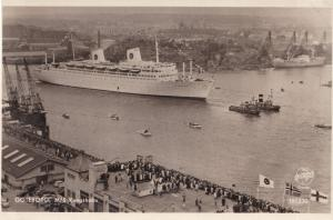 MS Kungsholm Swedish American Line at Goteberg Real Photo Old Postcard