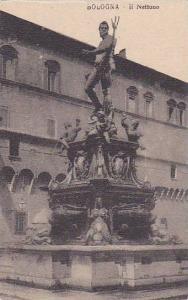 BOLOGNA, Il Nettuno, Emilia-Romagna, Italy, 00-10s