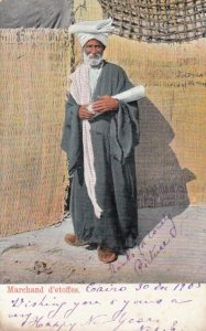 CAIRO , Egypt , PU-1905; Marchand d'etoffes