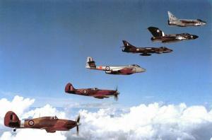 Postcard 20th Anniv. Battle of Britain 1960 Unique Line up of RAF Fighters 18C