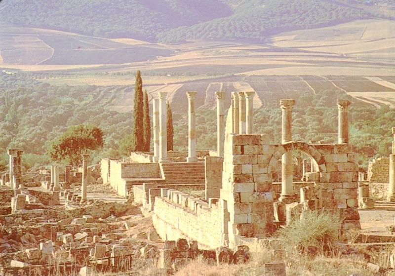 Postal 016713: MARRUECOS VOLUBILIS - Romanic Church and Capitol