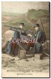 Postcard Old Army machine gunners in Action Soldiers stamp 19th rgt d & # 39i...