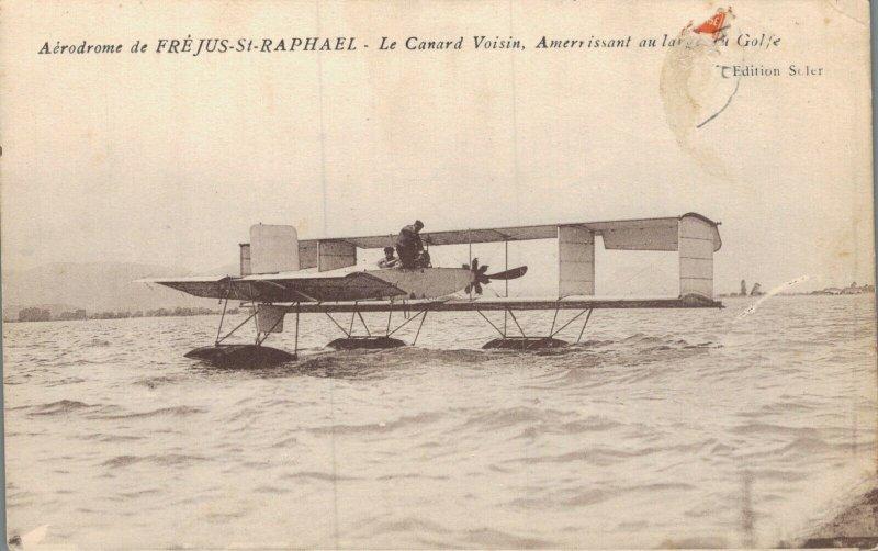 Airplane - Aviation - Aérodrome Frejus St Raphael Le Canard Voisin -  03.30