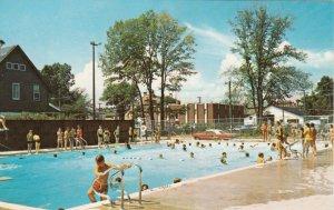 COBOURG , Ontario, 1950-60s ; Centennial Swimming Pool