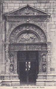Como Italy , 00-10s : Porta laterale a destra del Duomo