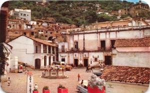 TAXCO GUERRERO MEXICO PLAZUELA y FUENTA~COLONIAL FOUNTAIN & SQUARE POSTCARD
