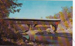 Vermont Taftsville Covered Bridge Over Ottauquechee River