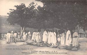 Benin Dahomey (Moyen Niger) Haoussa on Gambary, Marchandises au passage