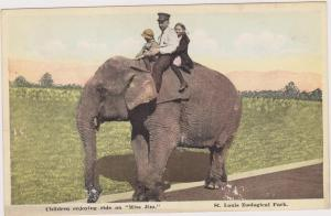 Children Enjoying Ride On Miss Jim,St. Louis Zoological Park, Missouri, 00-10s
