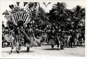Papua New Guinea, Real Photo Native Papuas, Native Dance (1930s) RP (16)
