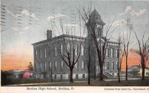 E7/ Medina Ohio Postcard 1909 Medina High School Building