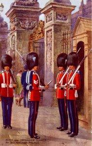 UK - England, London, Irish & Grenadier Guards, Buckingham Palace   *Artist S...