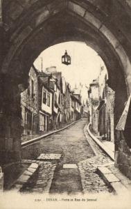 CPA DINAN - Porte et Rue du Jerzual (104296)
