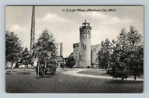 Mackinaw City MI- Michigan, U.S. Light House, Vintage Chrome Postcard