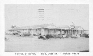 G50/ Bowie Texas Postcard 1957 Roadside Travel-In Motel Wise Street