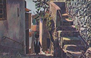 EZE , Alpes Maritimes , France , 10-20s ; Une vieille rue du village