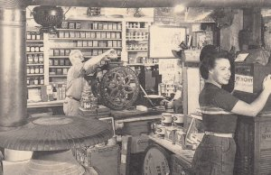 WESTON , Vermont , 1930s ; Country Store Interior